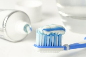 bieliaca zubná pasta